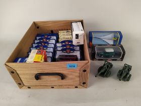 Boxed collectors vehicles including Oxford die cast,