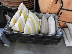 *7 Hollow Fiber Cushions