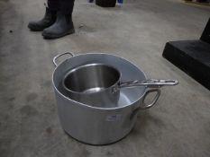 * cooking pot and pan