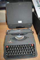 Empire Aristocrat Portable Typewriter in Carry Case