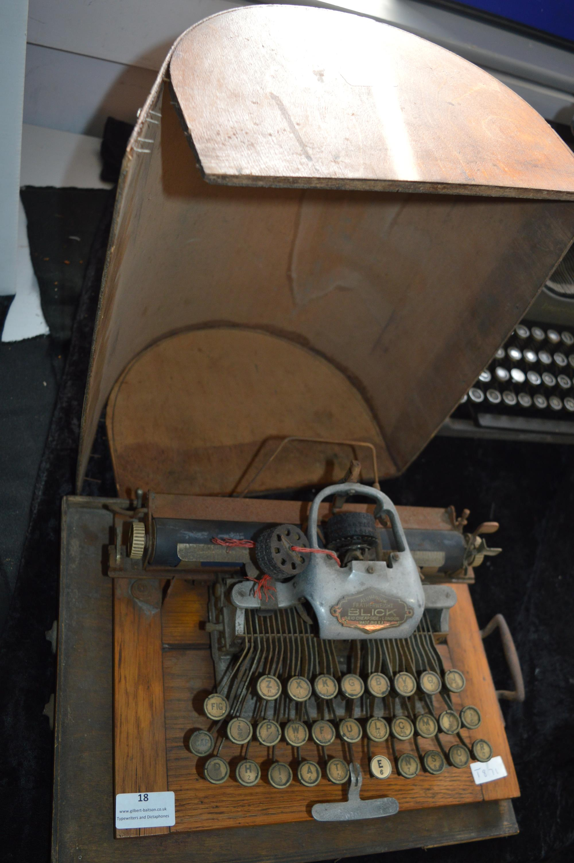 Blick Aluminium Featherweight Typewriter with Wooden Carry Case - Image 2 of 2