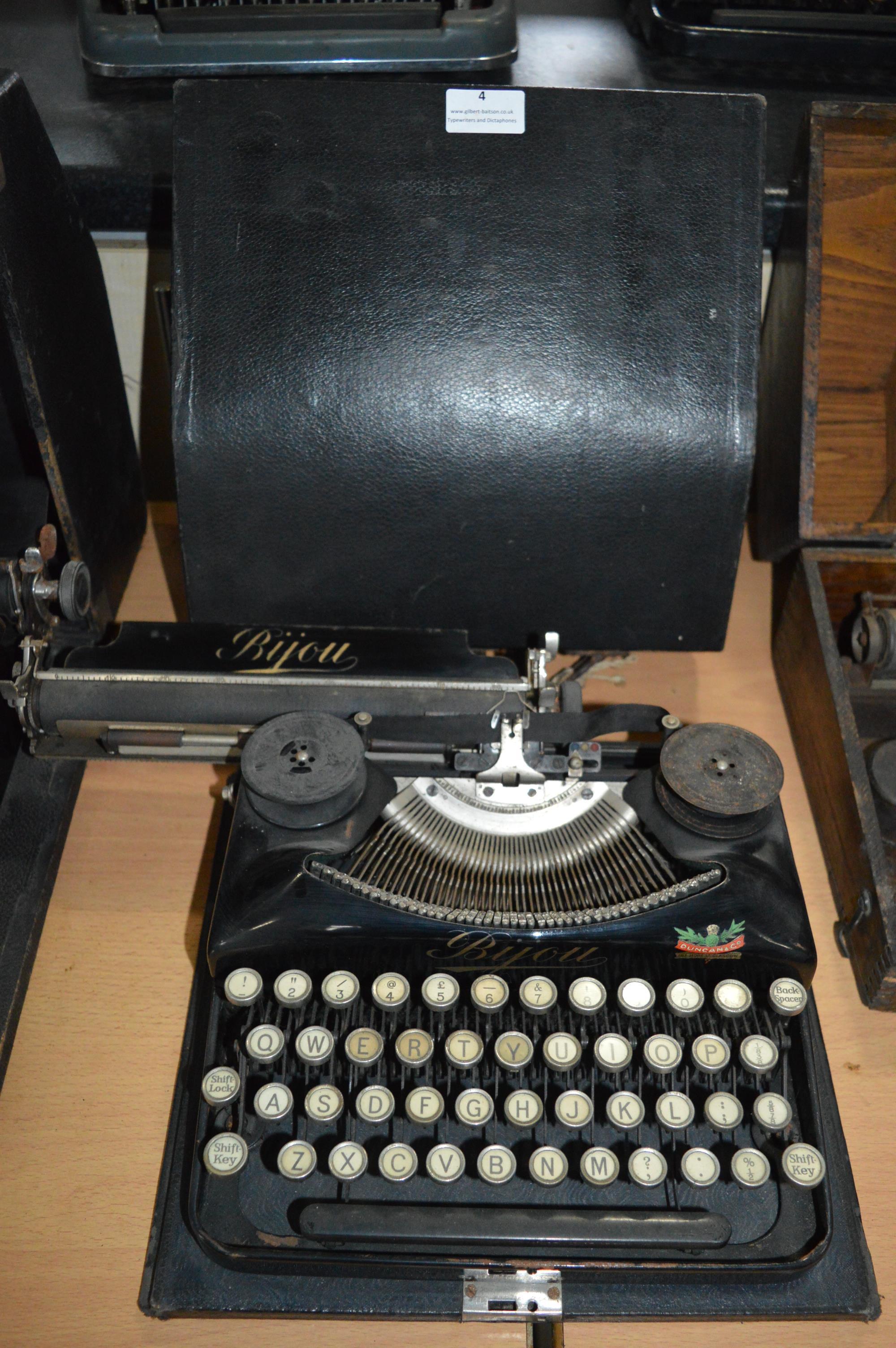 Bijou Typewriter by Duncan & Co, Glasgow in Original Black Carry Case
