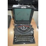 """Imperial """"Good Companion"""" Portable Typewriter in Case"""