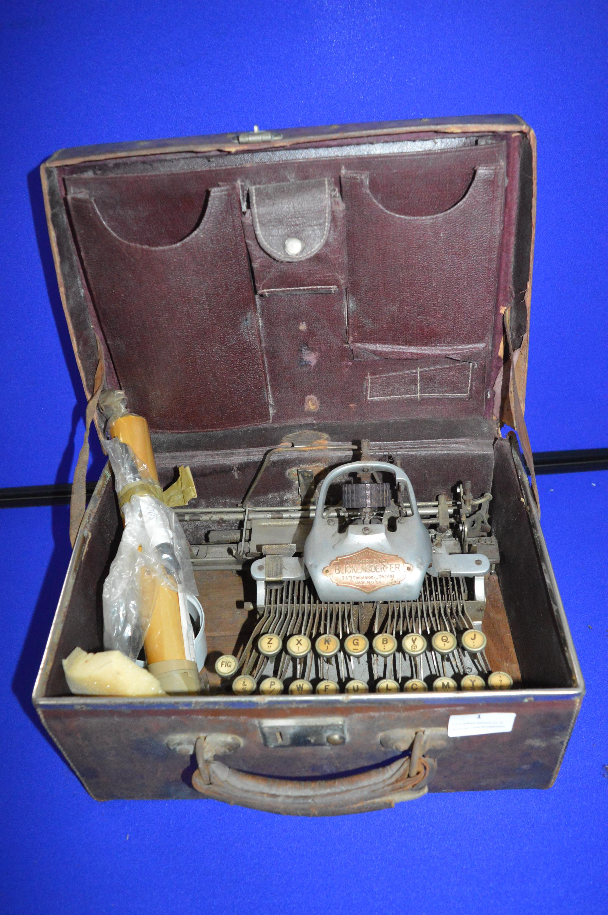 Blickensderfer Aluminium Featherweight Typewriter in Original Leather Case - Image 3 of 3