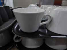 *24 x white coffee cups