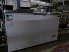 *Polar S/S topped chest freezer. 1400w x 800d x 860h