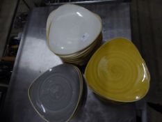 *45+ yellow/grey/white speckled triangle plates