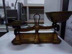 *vintage weighing scales