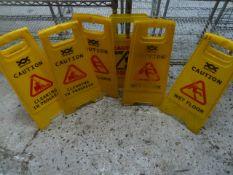 * 6 x wet floor signs