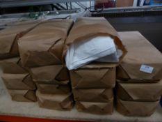 * 15 x pack napkins