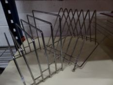 * 2 x wire chopping board racks