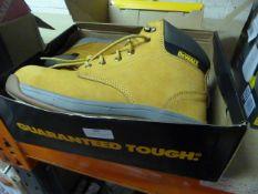 *Pair of Dewalt Work Boots Size: 10