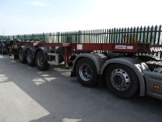 *MCL002 Dennison 2010 Tri-Axle Extendable Skeletal Trailer C268930 EF25SKA (Red)