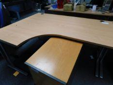 *L/Hand 1600mm 1200mm Light Pine Style Office Desk