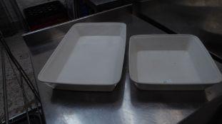 * 2 x ceramic dishes