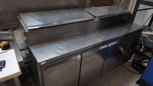 * Tefcold 3 door pizza prep top fridge. (top cover require fixings) 1800w x 700d x 1080h