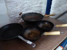 * 4 x wok/frying pans
