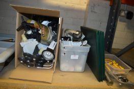 Box Containing Optics and Drinks Paraphernalia, Le