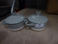 * 2 x small white and grey small pots with lids