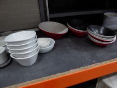 * 15+ x selection of assorted bowls