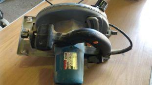 * MAKITA Circular Saw 190mm model 5703R 110v working order