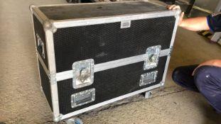 * Flight Case 860mm wide x 360mm depth x 600mm high case