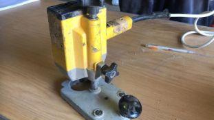 * DEWALT Laminate Trimmer Model DW609 240V Working Order
