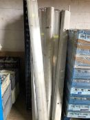 * 22x fluorescent light fittings and tubes
