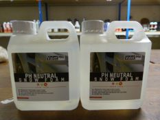 *2x 1L of Valet Pro PH Neutral Snow Foam