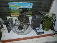 *Garden Accessories: Boot Crate, Watering Can, Clo