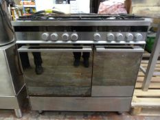 *Fisher & Paykel Oven with Plate Warmer and Five Ring Gas Hob