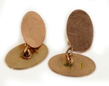 A pair of 9ct gold oval cufflinks, 3.2g.