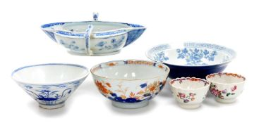 A group of Chinese porcelain, comprising a floral decorated Chinese Imari bowl decorated with