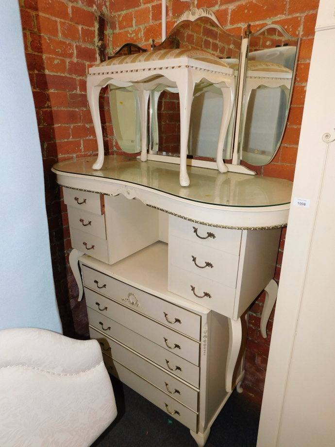 A cream painted French style bedroom suite, comprising wardrobe, 178cm high, 92cm wide, 54cm - Image 2 of 3
