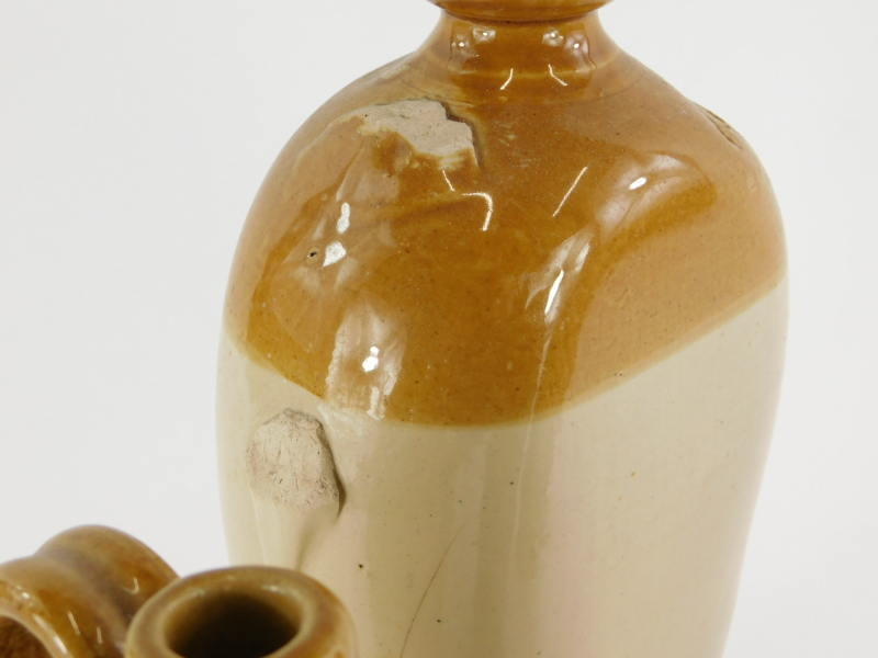 A collection of stoneware, to include a Lucas Brothers, Louth beer bottle, a flagon stamped B. - Image 3 of 3