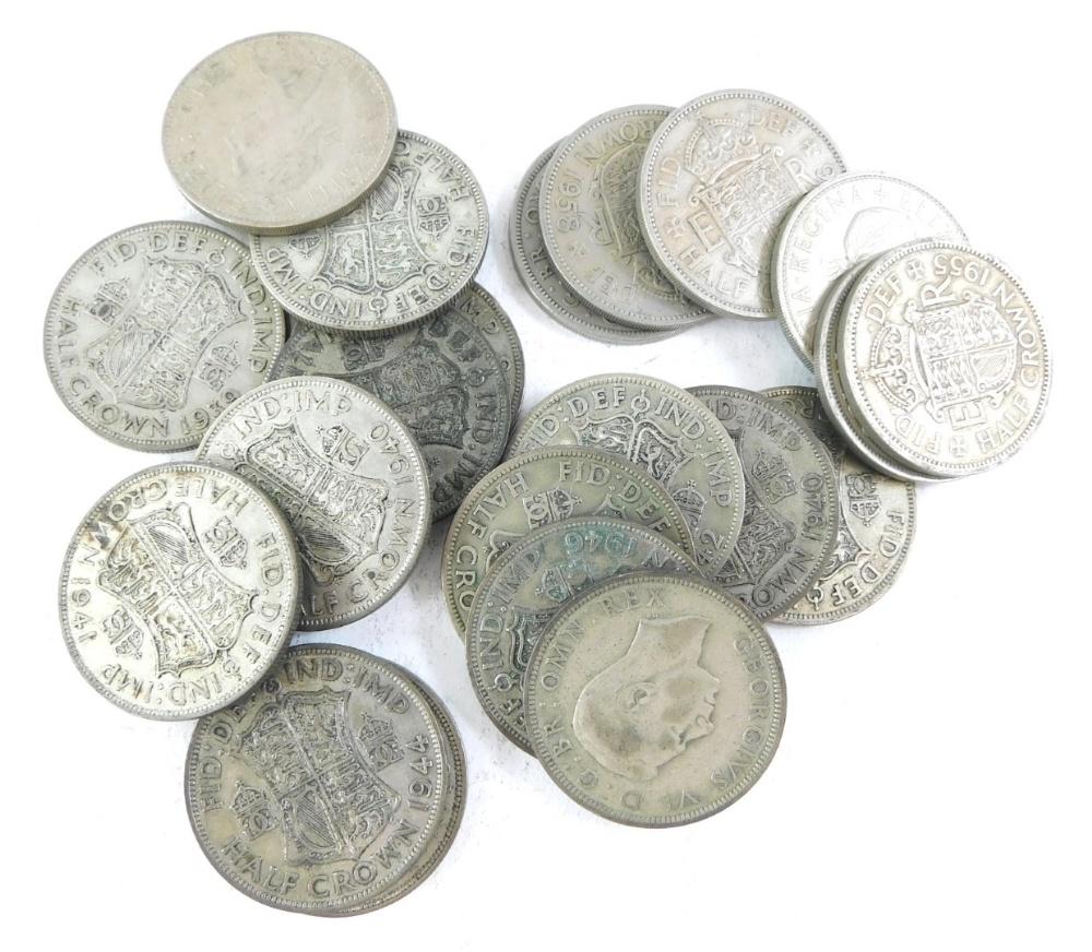 A quantity of mainly nickel silver George VI and Elizabeth II half crowns.