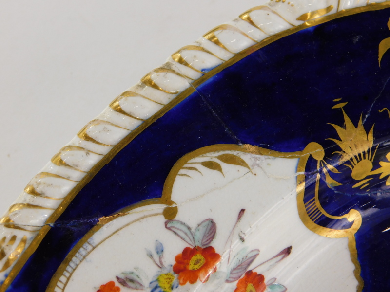 An early 19thC Derby porcelain meat dish, painted with flower sprays on a cobalt blue ground, ( - Image 3 of 4