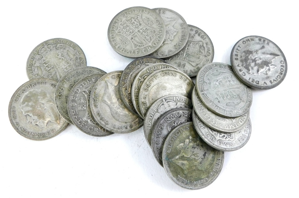 A quantity of George V part silver half crowns.
