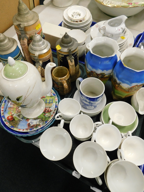 Various part tea wares, to include Continental China Quince pattern, a Myott's coffee pot,