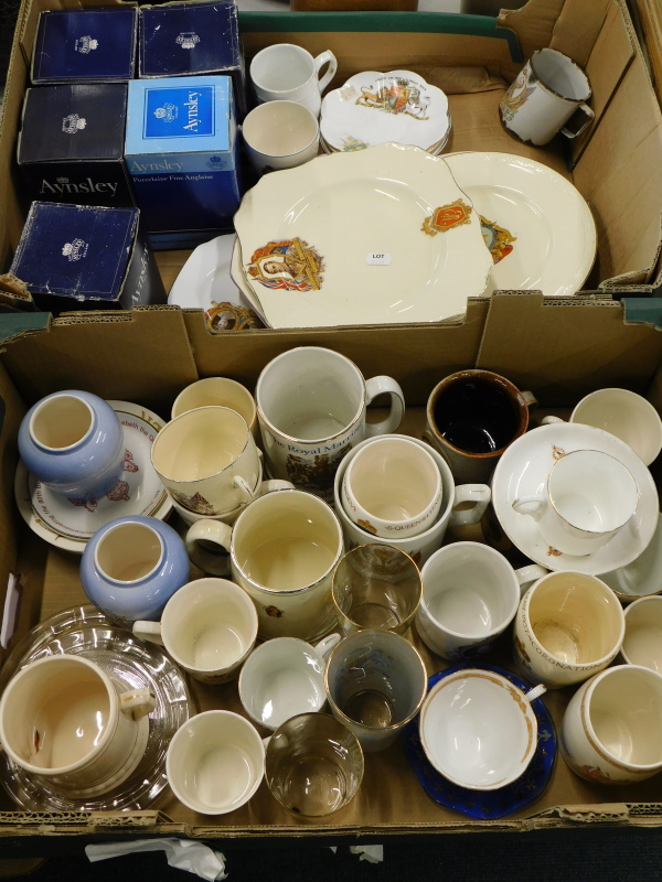 A collection of commemorative wares, to include tankards, tea cups and saucers, drinking glasses,