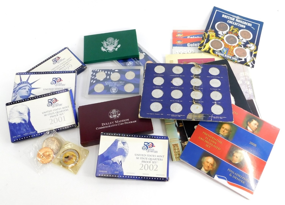 A quantity of mainly Commemorative coins, to include United States mint proof set for 2000, 2001, 19