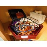 A quantity of costume jewellery, to include beaded necklaces, shell necklace, a Papermate fountain p