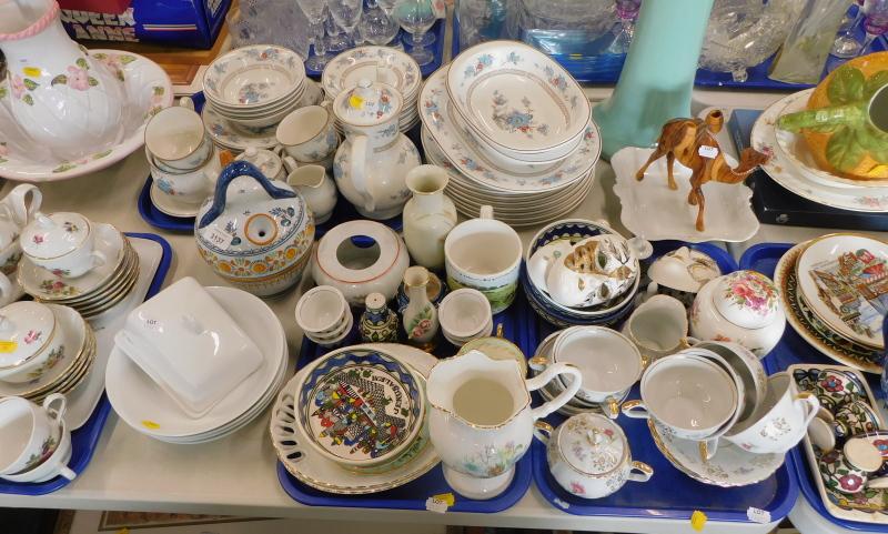 A Noritake Versatone part dinner and tea service, wash jug and bowl, Aynsley Wild Tudor jug, Hamersl