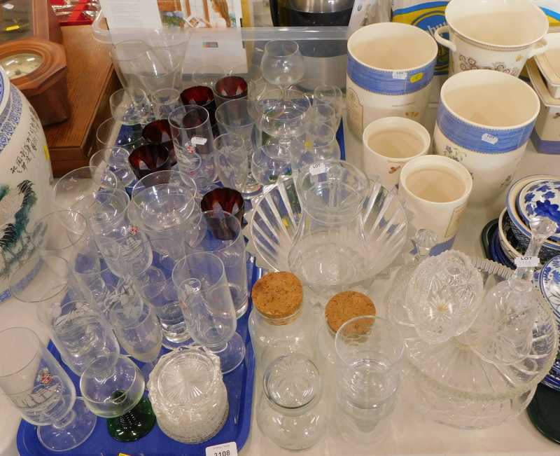 A quantity of glassware, to include glass hand bell, jug, various drinking glasses, and a quantity o