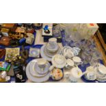 General household effects, to include a Doulton part tea and dinner service, a Wedgwood blue Jasperw