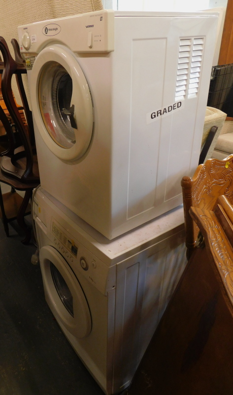 A Samsung P1253 washing machine, and a White Knight tumble dryer.