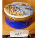 An enamel Crummles pill box, to commemorate Captain James Cook 1728-1779.
