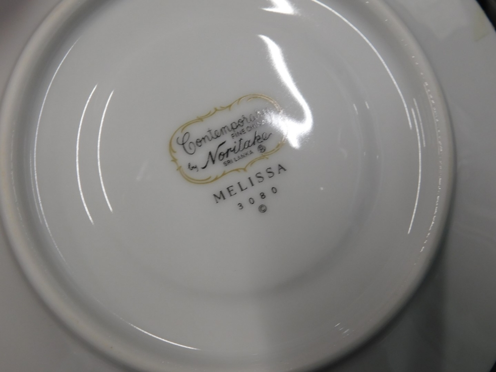 A Noritake Melissa pattern part tea and dinner service. - Image 2 of 2