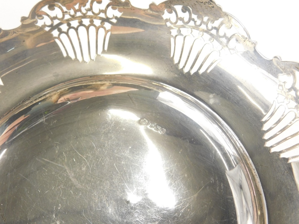 A George V silver dish, of flared form, partially pierced, on circular foot, Sheffield 1920, 23cm wi - Image 2 of 2