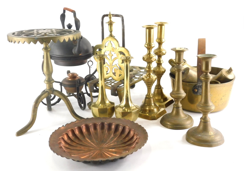 Various brassware, a pair of candlesticks, other early 20thC, a stand, 30cm high, copper and other w